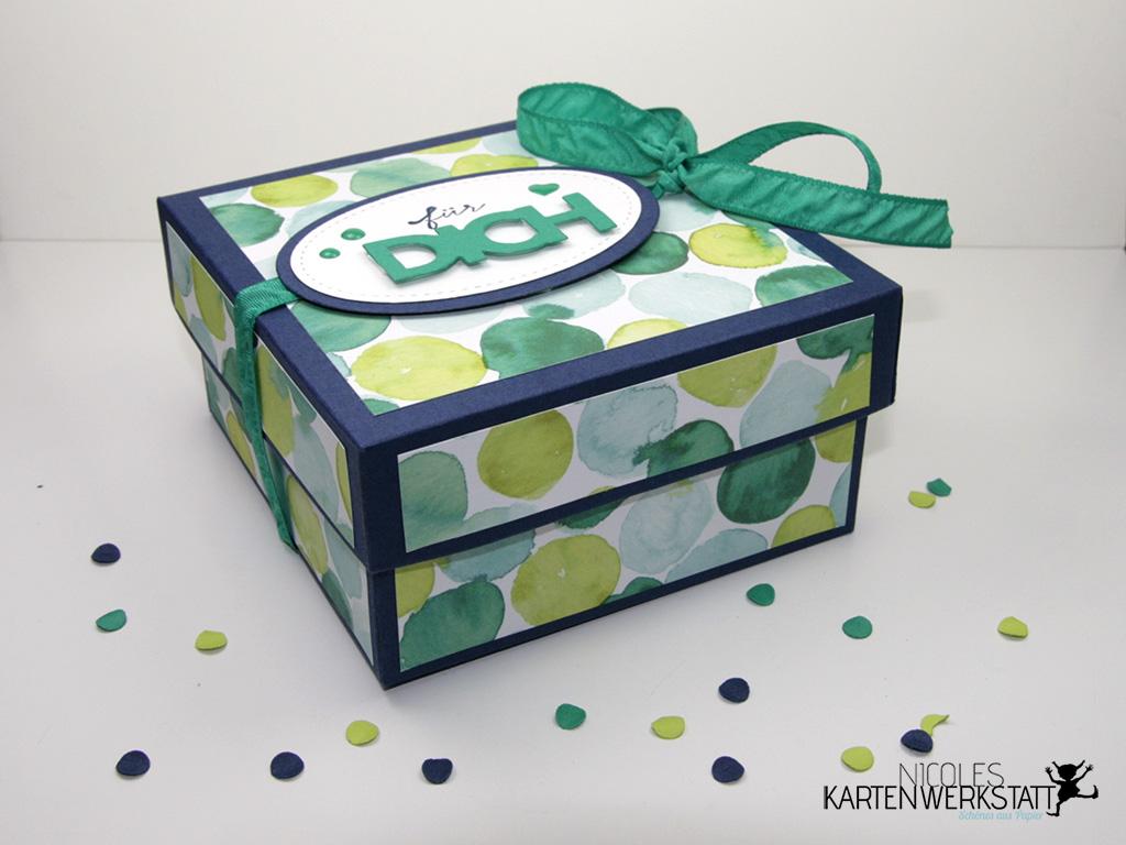 Napkin Fold Gift Box